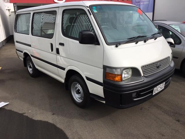 2001 Toyota Hiace 2.4P ZR