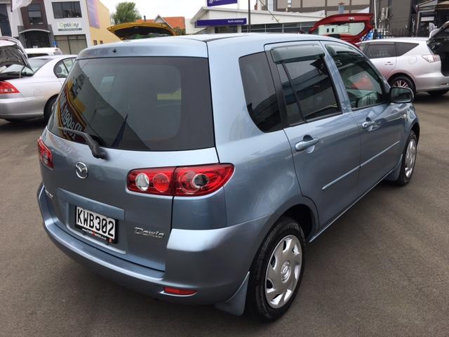 2005 Mazda Demio S/Wagon
